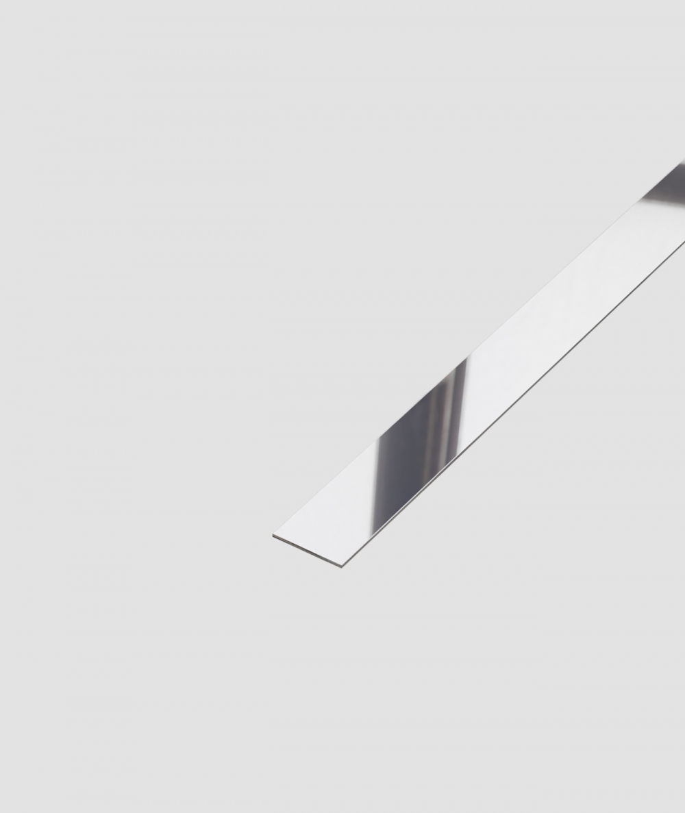 SM - (srebrny połysk) - stalowa listwa dekoracyjna płaska