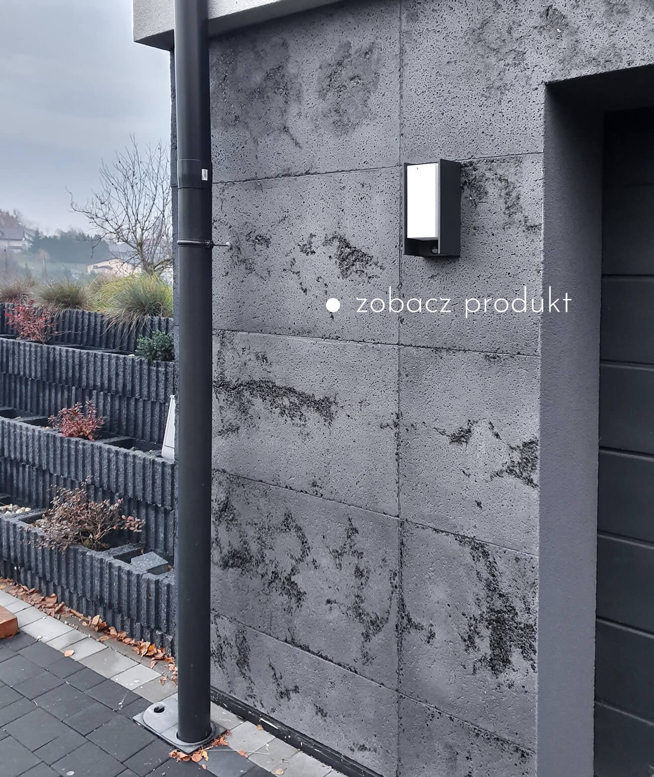 plyty-betonowe-scienne-i-elewacyjne-beton-architektoniczny_1210-24890-ds-szary-czarne-kruszywo-plyta-beton-architektoniczny-grc-ultralekka